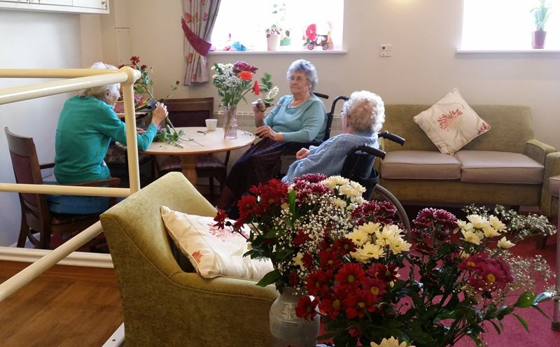 Flower Arranging At Gresham Lodge